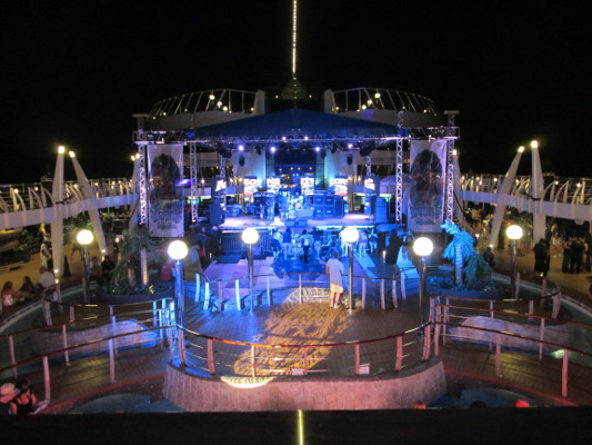 Cruise Temporary Stage